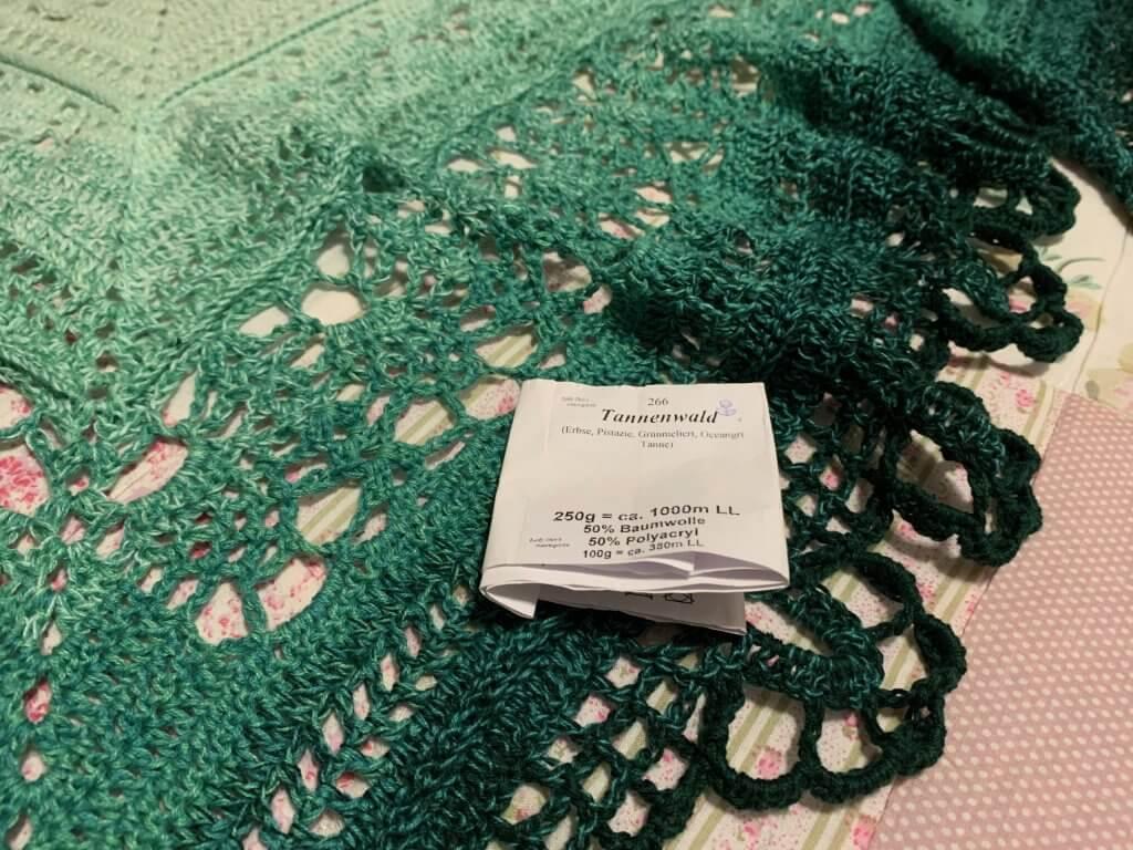 grünes Hüfttuch mit Farbverlauf